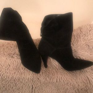 Michael Kors suede black boties